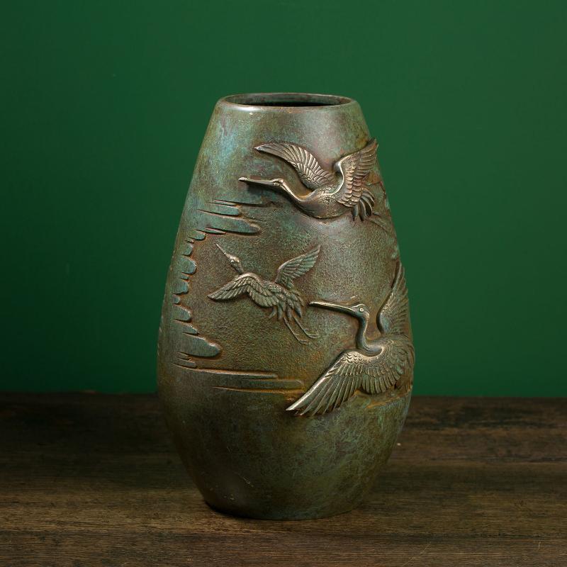 飞鹤浮雕花器(日本昭和时期)